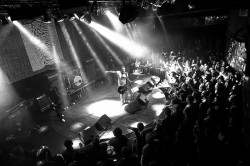 Peter Hook & The Light, Lucerna Music Bar, Praha, 12.2.2012